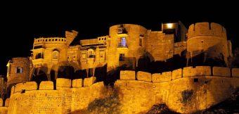 वैभव और शान के प्रतीक राजस्थान के भव्य किले