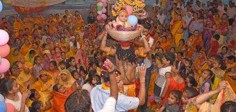 श्रीमद्भागवत कथा में कृष्ण जन्मोत्सव