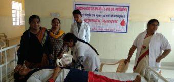 महिला दिवस पर किया रक्तदान